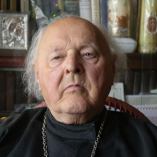 Interjú a 84 éves Lakatos Laci atyával-videó class=