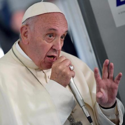 Ferenc pápa üzenete class=