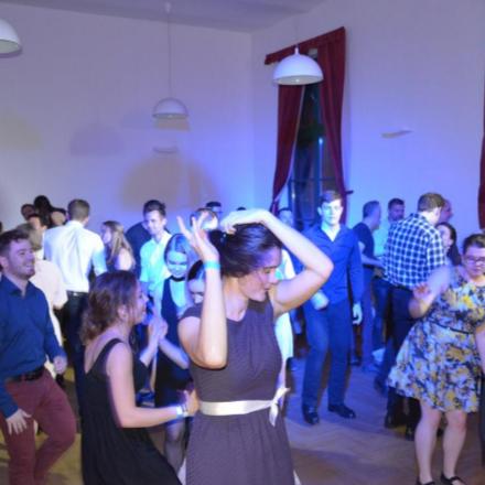 Hajnalig tartó tánc és jókedv a GrFC bálján  class=