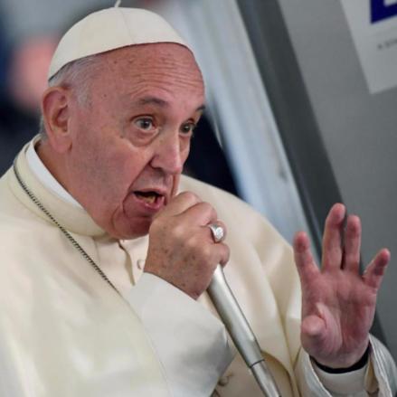 Ferenc pápa sajtótájékoztatója  class=