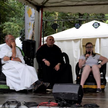 Sokan beszóltak a papoknak a Campus Fesztiválon class=